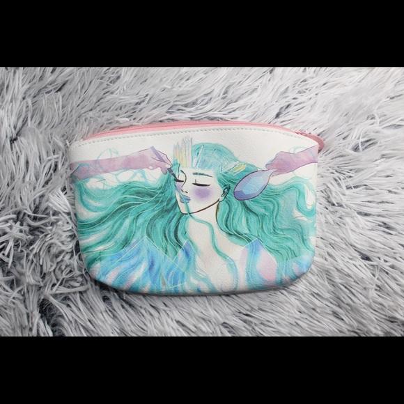 Ipsy Handbags - Small makeup bag